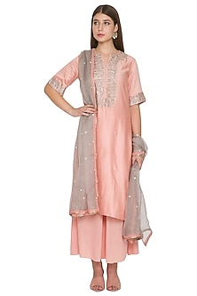 Peach Chanderi Kurta Set by Khushbu Rathod
