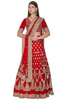 Red Embroidered Bridal Lehenga Set by Khushbu Rathod
