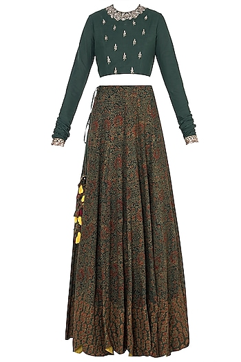 Green embroidered lehenga set by Khushbu Rathod