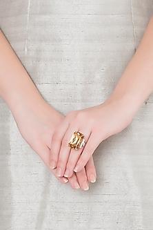 White Finish American Diamond & Yellow Swarovski Ring by Kiwi by Musskan