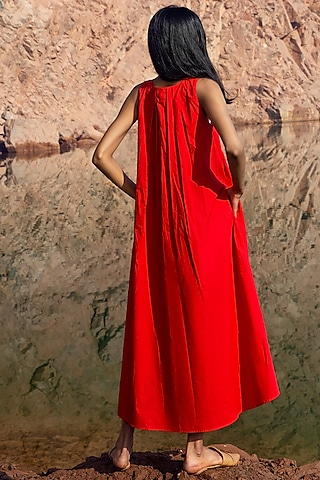 Red Pleated Midi Dress by Khara Kapas