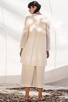 Ivory Kurta With Cropped Pants by Khara Kapas
