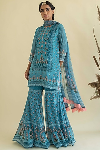 Turquoise Printed & Embroidered Kurta Set by Kalista