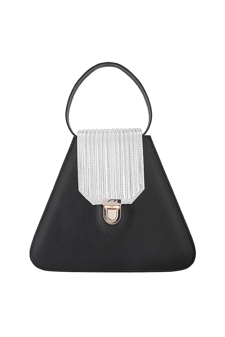 Black Handbag With Crossbody Chain by KNGN
