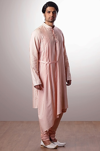 Peach Embroidered Kurta Set by Kommal Sood