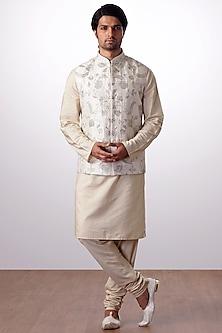 Light Beige Embroidered Bundi Jacket With Kurta Set by Kommal Sood