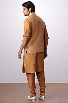 Mustard Embroidered Bundi Jacket With Kurta Set by Kommal Sood