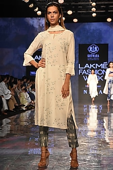 Ivory Embroidered Chikankari Kurta Set by House of Kotwara