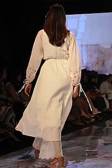Ivory Chikankari Kurta With Pants & Inner by House of Kotwara