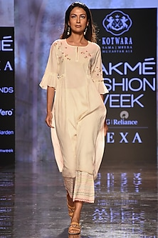 Ivory Embroidered Kurta With Pants & Slip by House of Kotwara