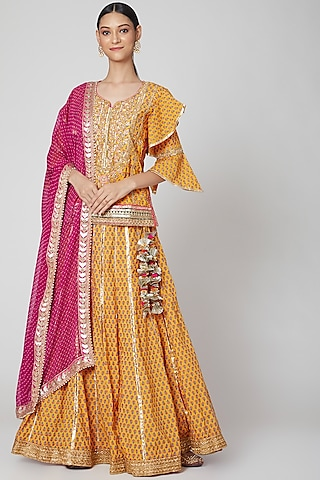 Mustard & Pink Hand Embroidered Lehenga Set by kunwarani ritu