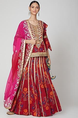 Dark Pink Embroidered Lehenga Set by kunwarani ritu