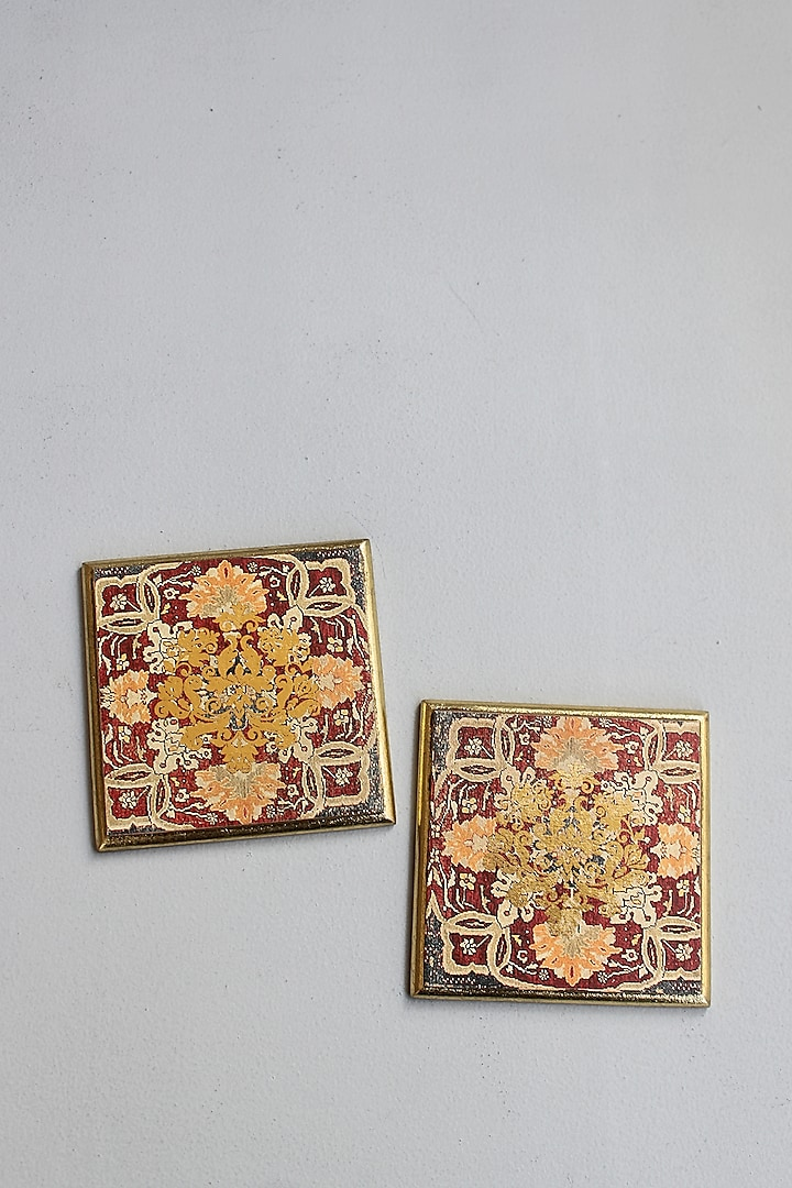Brown Handcrafted Persia Coasters ( Set of 6) by Karo