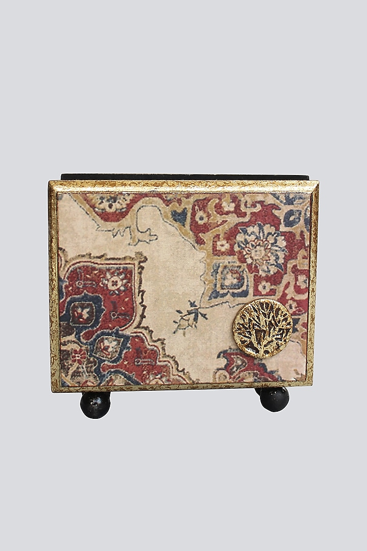 Ivory Handcrafted Abeer Tissue Box by Karo