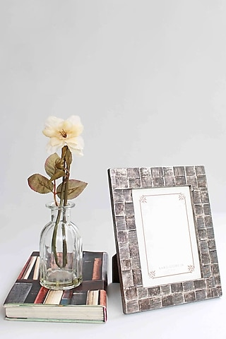 Silver Textured Photo Frame by Karo