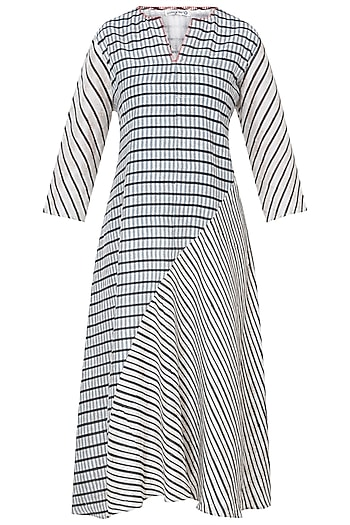 White & Grey Printed Tunic by Krishna Mehta