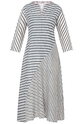 White & Grey Printed Tunic by Krishna Mehta