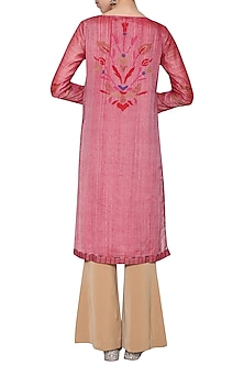 Onion pink embroidered kurta by KRISHNA MEHTA