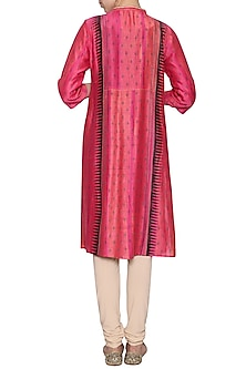 Fuschia embroidered textured tunic by KRISHNA MEHTA