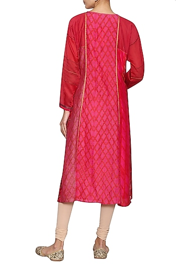 Pink tie-dye embroidered tunic by KRISHNA MEHTA