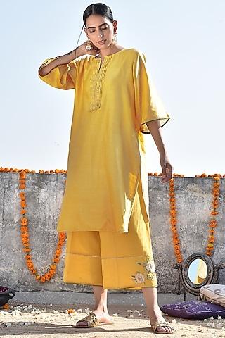 Haldi Yellow Embroidered Kurta With Pants by Kanika sharma