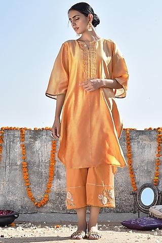 Orange Embroidered Kurta With Pants by Kanika sharma
