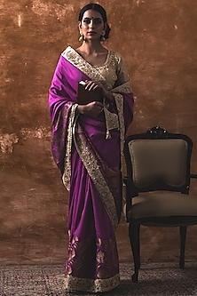 Jamuni Matka Silk Saree Set by Kanika Sharma