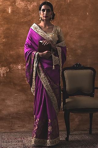 Jamuni Matka Silk Saree Set by Kanika Sharma