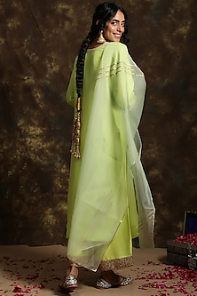 Mithu Silk Kurta Set by Kanika Sharma
