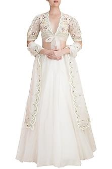 Enchanted Ivory Embroidered Lehenga Set by Kehiaa by Kashmiraa