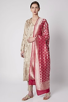 Fuchsia Zari Embroidered Dupatta by Kshitij Jalori