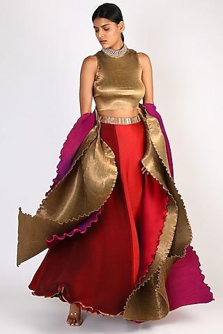 Red Pleated Gharara Set by Kiran Uttam Ghosh