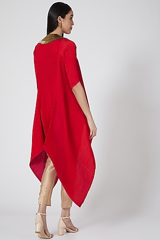 Red Embroidered Pleated Cape by Kiran Uttam Ghosh