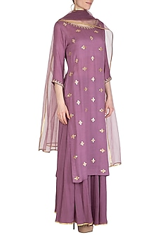 Mauve Hand Embroidered Kurta Set by Kudi Pataka Designs