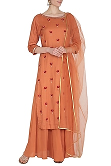 Rust Hand Embroidered Kurta Set by Kudi Pataka Designs