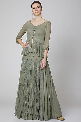 Grey Floral Embroidered Skirt Set by Kudi Pataka Designs