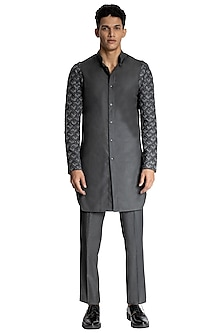 Grey Suiting Sleeveless Jacket & Kurta by Kunal Rawal-KUNAL RAWAL