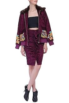 Maroon pleated skirt by KUKOON