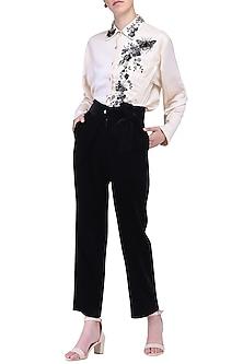Black tie-up pants by KUKOON