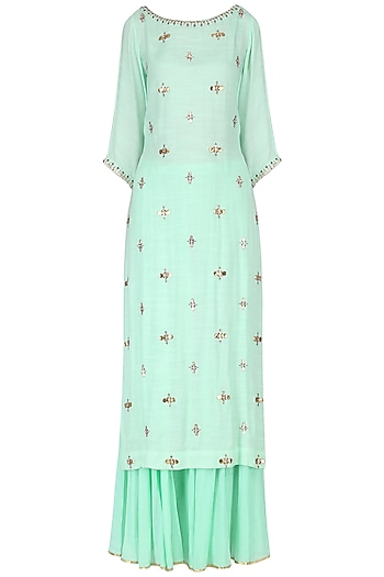 Turquoise embroidered kurta set by Kudi Pataka Designs