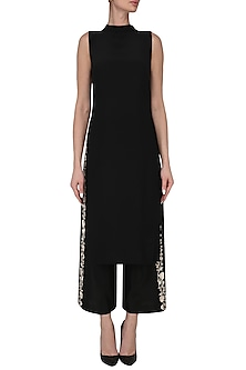 Black tunic with embroidered culottes by Kavya Chandra