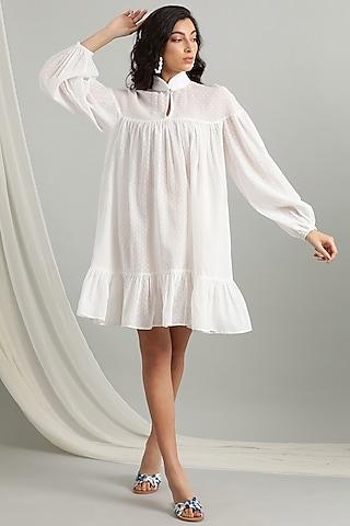 White Dobby Knee Length Dress by Kyra By Bhavna