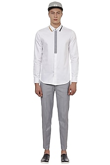 White Shirt With Gingham Half Placket by LACQUER Embassy
