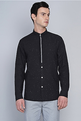 Black Shirt With Narrow Collar by Lacquer Embassy