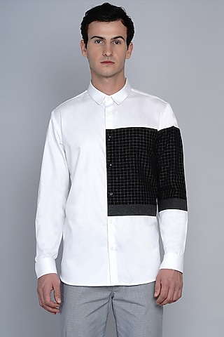 White & Black Shirt In Premium Cotton by Lacquer Embassy