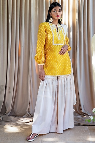 Yellow Hand Embroidered Gharara Set by Labbada By Charu Anand