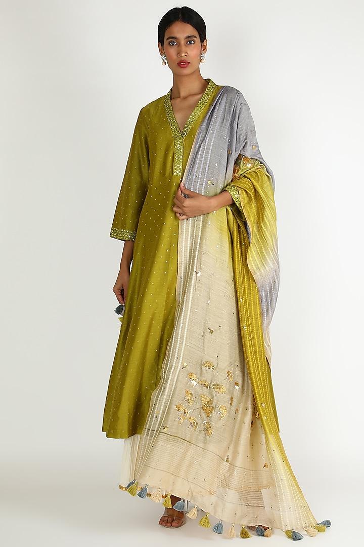 Green Embroidered Sharara Set by Loka By Veerali Raveshia