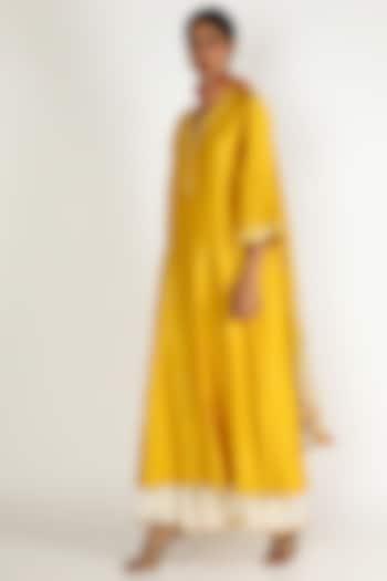 Yellow Embroidered Sharara Set by Loka By Veerali Raveshia