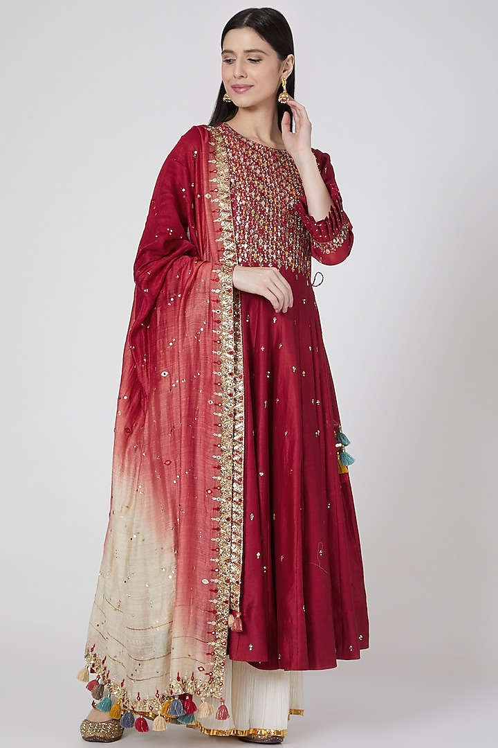 Red Embroidered Kalidar Set by Loka By Veerali Raveshia