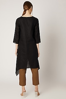 Black Embroidered High-Low Tunic by Linen Bloom